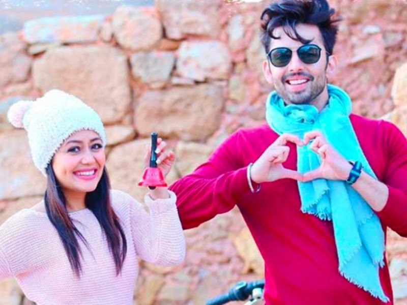 Himansh Kohli decided to get back at Neha Kakkar by Posting his pic from  the beach in Dubai